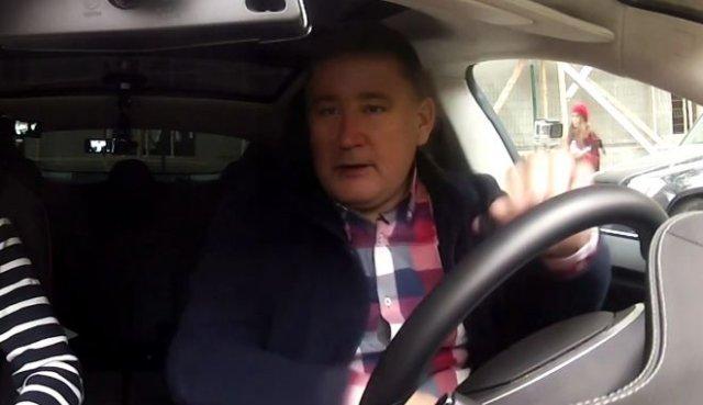 Deepfake: Дмитрий Рогозин и Илон Маск тестируют Tesla
