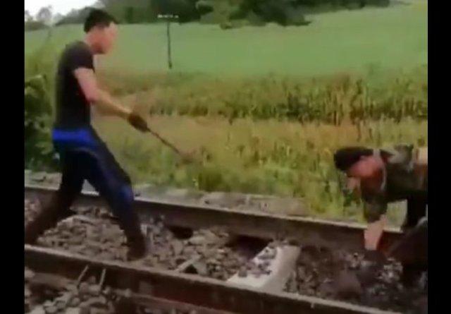 Лайфхак для работы с лопатой