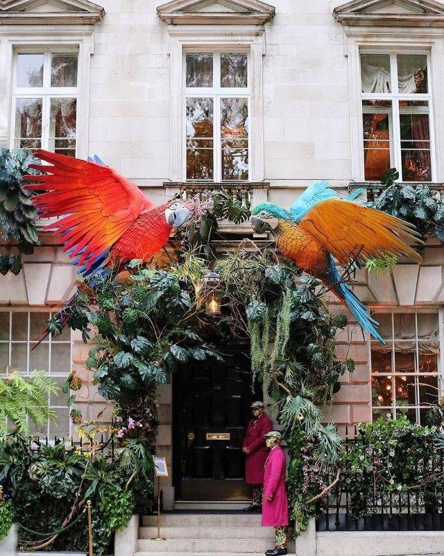 Одна из самых экстравагантных экспозиций в Лондоне