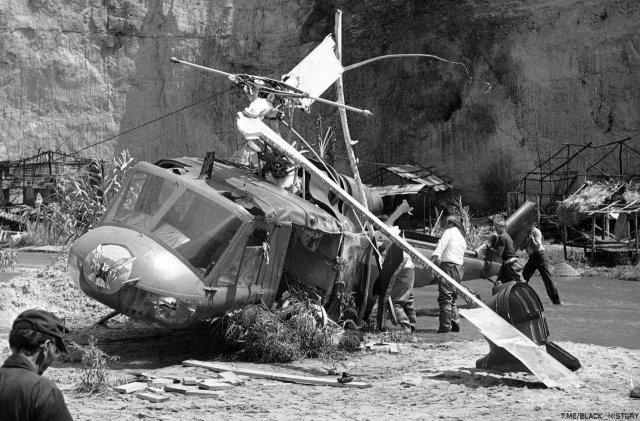 """Вертолет, потерпевший крушение на съемках фильма """"Сумеречная зона"""", 1982 год, США."""