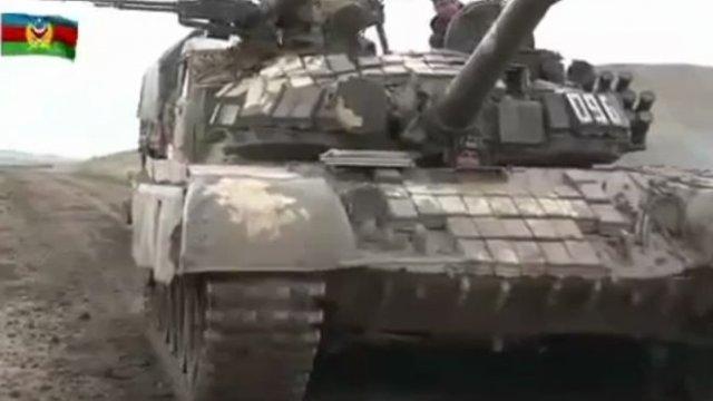 Военные видео из Нагорного Карабаха от Министерств обороны Азербайджана и Армении