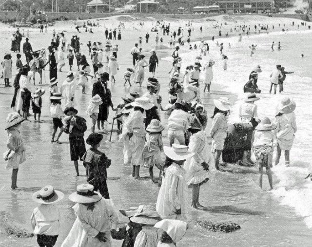 Австралийский пляж сто лет назад