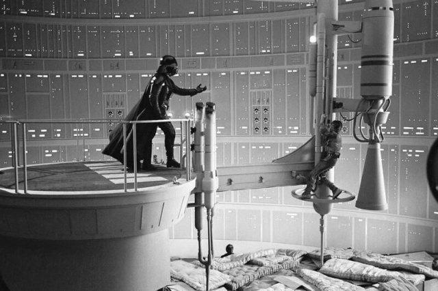 На съёмках Звёздных войн. Матрасы. США. 1980-е.