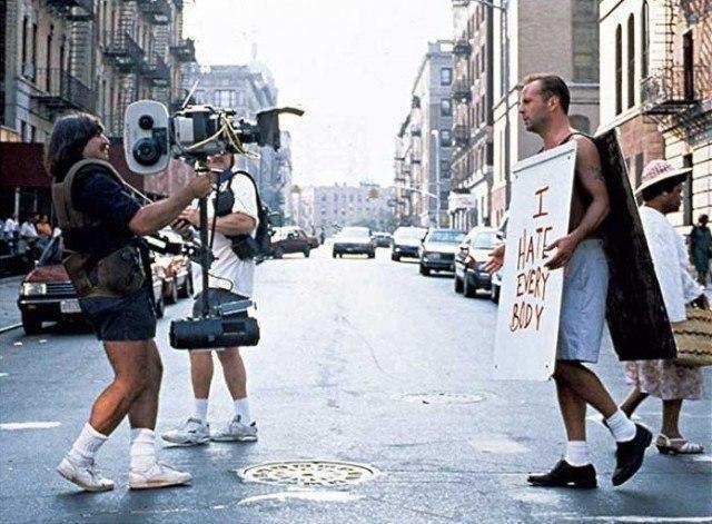 """Брюс Уиллис на съемках фильма """"Крепкий орешек–3"""", 1994 год, Нью–Йорк."""