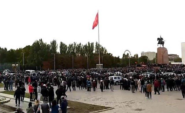 Центральная площадь Бишкека