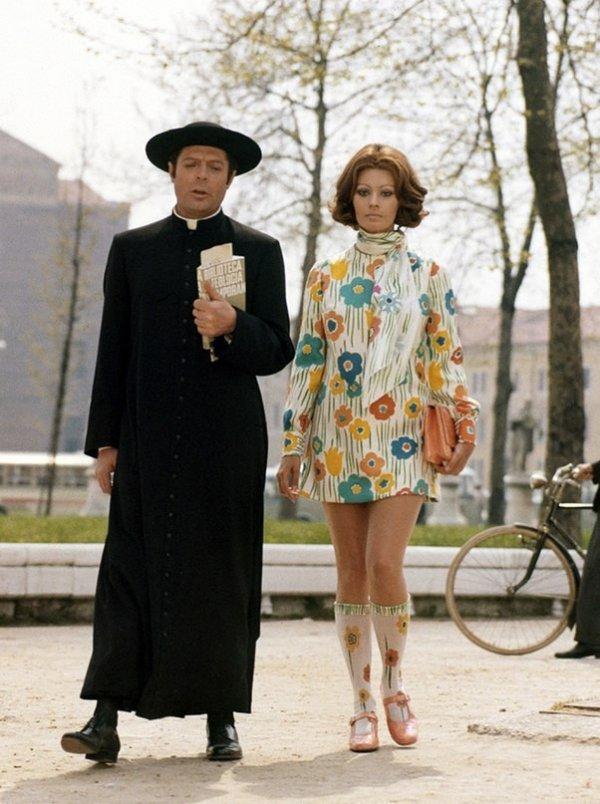 Софи Лорен и Марчелло Мастроянни на съемках фильма Жена священника