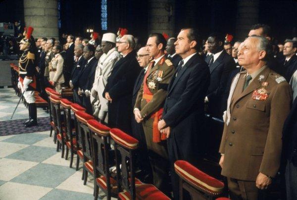 Похороны де Голля, Walter Bennett, Life Magazine
