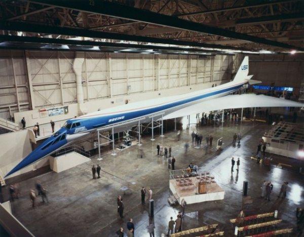 Прототип сверхзвукового пассажирского самолета Boeing 2707, США, 1970 год