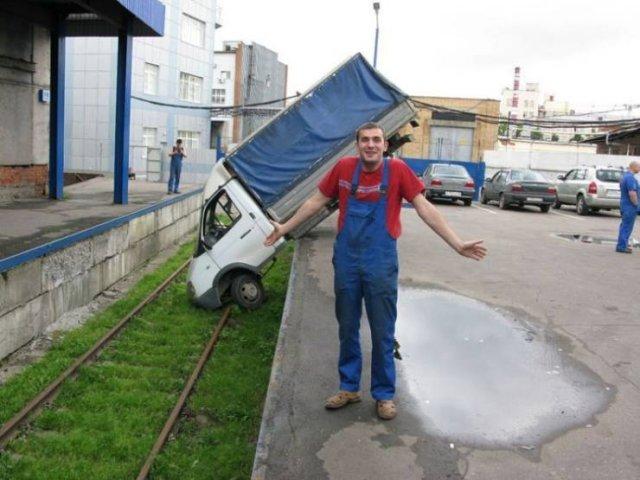 Странная авария грузовика