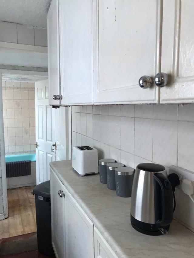 Клинеры показали результаты уборки в доме в графстве Камбрия - кухня после уборки