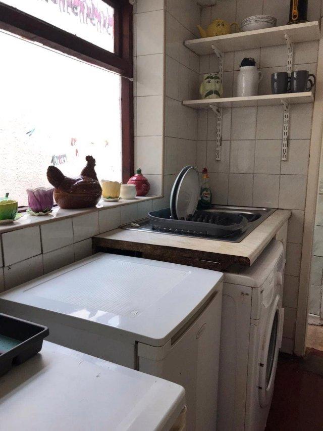 Клинеры показали результаты уборки в доме в графстве Камбия - кухня после уборки