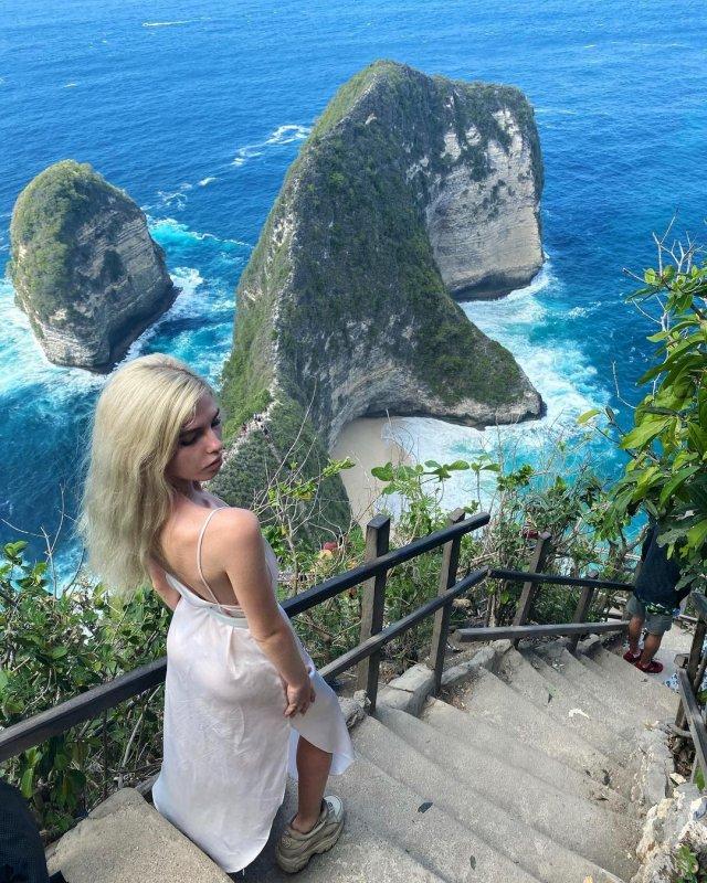 Блогер Алена Ефремова (_cyberbabe_) на бали
