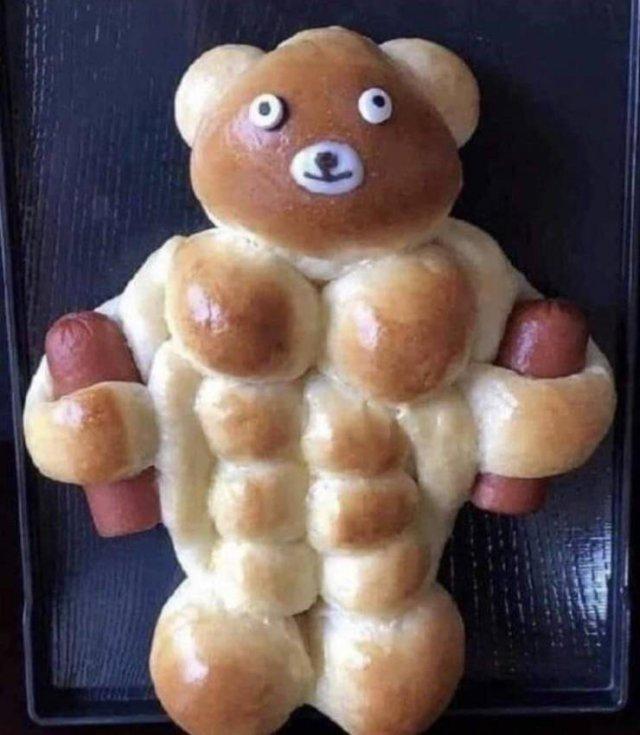 Мускулистая булочка