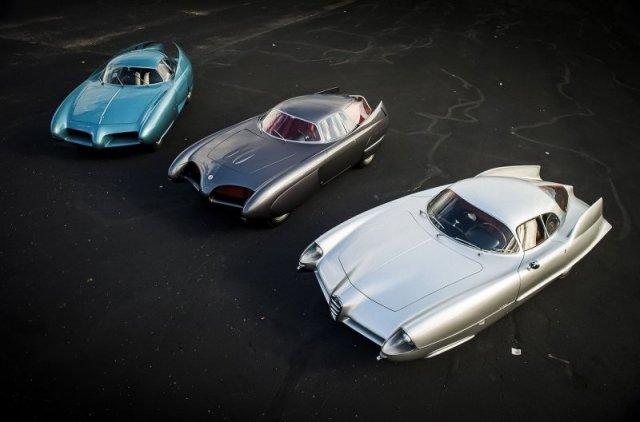 На аукционе решили продать три уникальных аэродинамических автомобиля Alfa Romeo B.A.T.