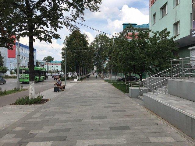 Центральная улица Альметьевска — пример одного из лучших благоустройств в России