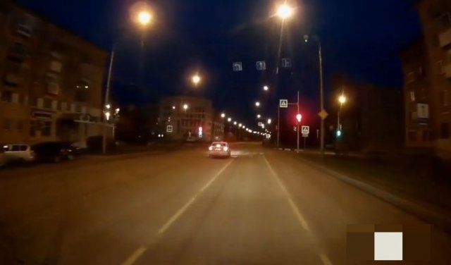 В Новокузнецке обидчивая женщина-таксист устроила ДТП
