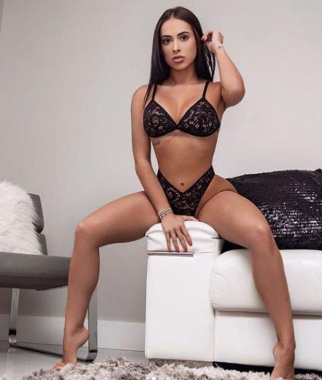 Ансли Пачеко: модель с OnlyFans, которая вступила в перестрелку с грабителями, защищая мужа и сына
