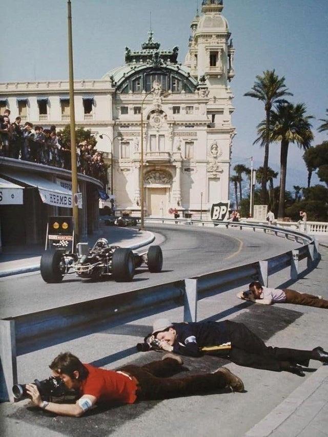 Фотографы на Гран-при Монако 1968 года.