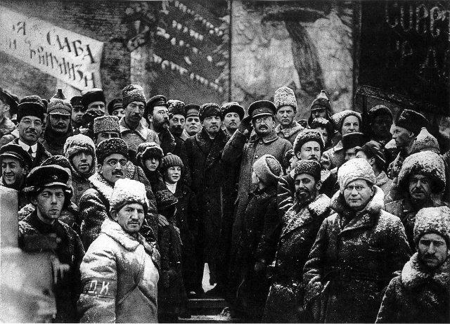 Большeвики во главе с Лениным, зима 1917-1918 гг.