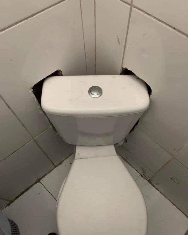 Встроенный туалет
