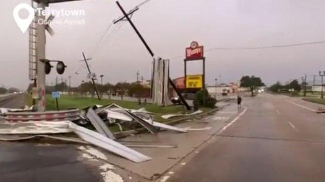 """Эпичные кадры из штата Луизиана, где бушует ураган """"Зета"""""""