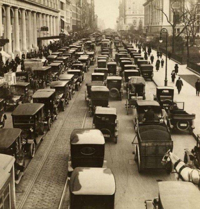 Пробка на 42–й улице, Нью–Йорк, 1918 г.