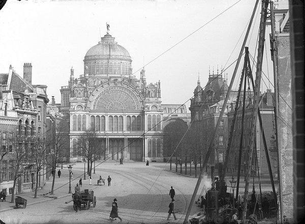 Дворец народного труда, Амстердам (1864-1929)