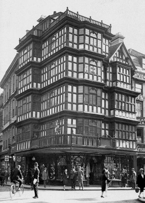 Старый голландский дом, Бристоль, Англия (1676-1940). Был уничтожен бомбой.