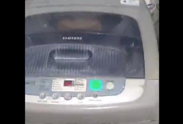 Стиральная машина, издающая очень странные звуки