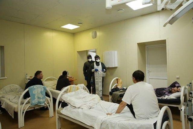 В Калуге к зараженным COVID-19 пришли священники