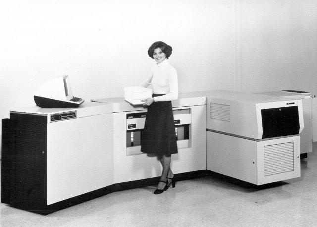 Первый лазареный принтер от компании Xerox. 1969 год