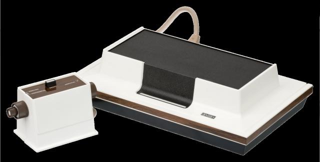 Magnavox Odyssey - первая в мире портативная игровая приставка. 1972 год