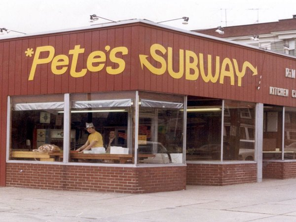 Первая закусочная Subway. Бриджпорт, штат Коннектикут, 1965 год