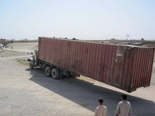 Сломанный грузовик