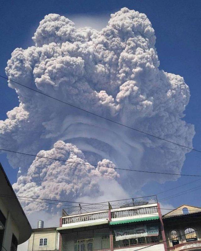 Пугающие облака