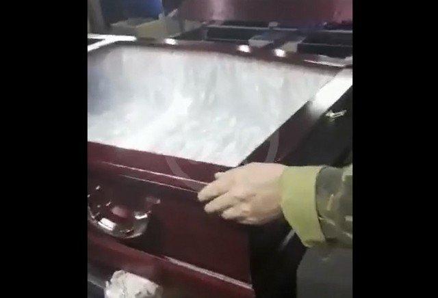 гроб для умерших от коронавируса