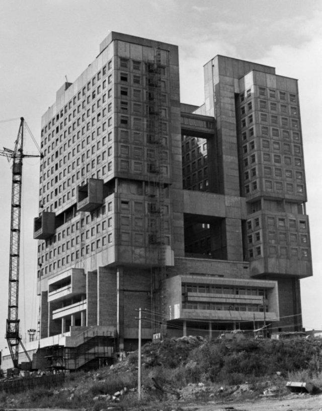 Строительство Дома Советов, 1 ноября 1990 года, Калининград