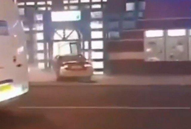 Протаранил машину