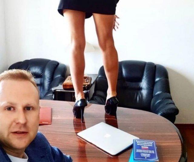 Евгений Евтушенко: иркутский депутат, который ранее был судим, ведет странный Instagram и хвастается