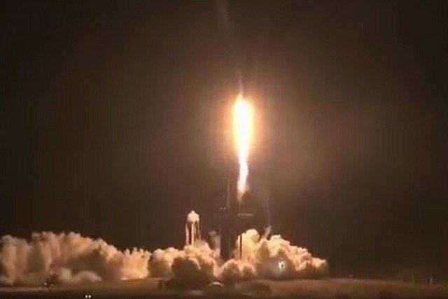 SpaceX Илона Маска запустила миссию Crew-1