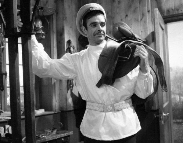"Шон Коннери в роли Вронского в телефильме Би-би-си ""Анна Каренина"" в 1961 году"