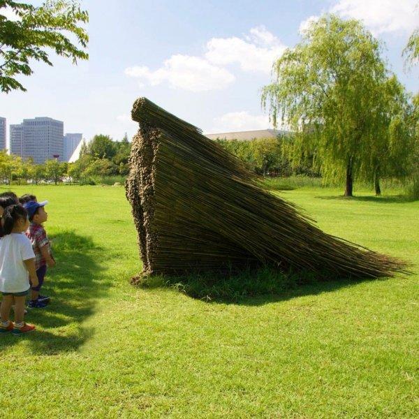 «Неподвижность в движении», автор скульптуры Ольга Зиемска