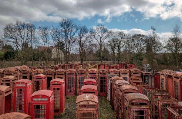Кладбище телефонных будок в Великобритании