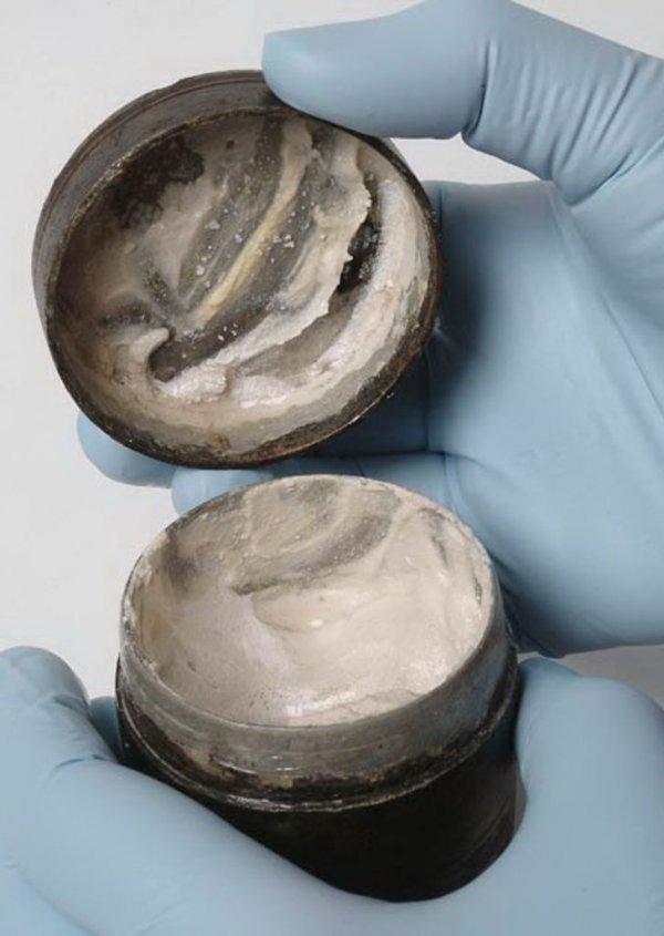 Римский тональный крем