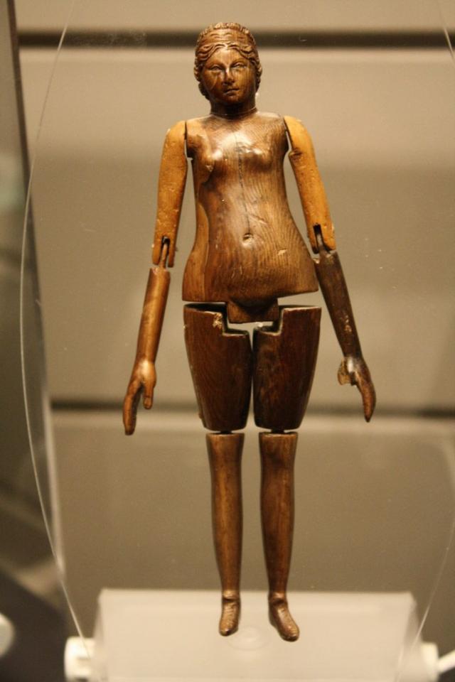 Древнеримская кукла