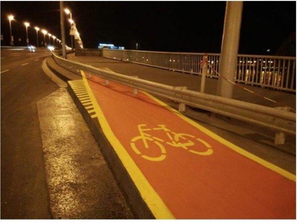 Все ненавидят велосипедистов...
