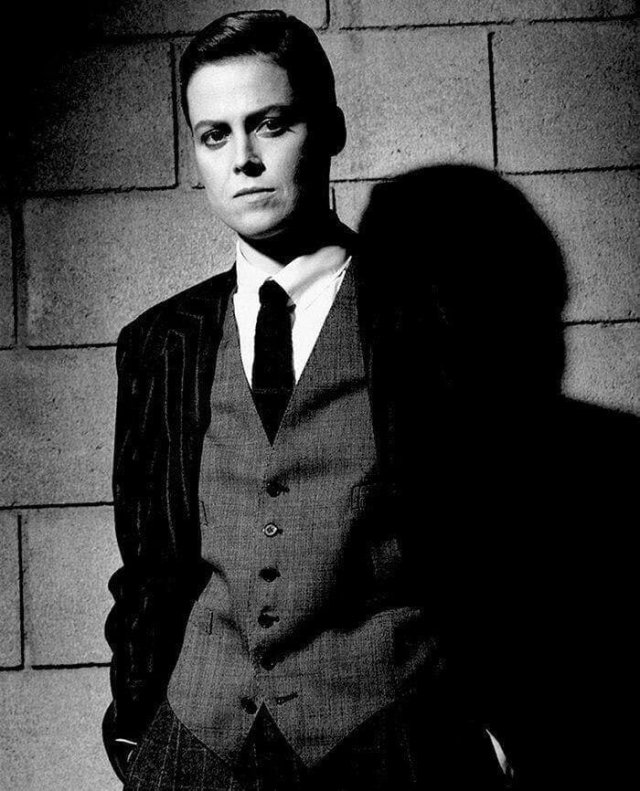 Сигурни Уивер в мужском образе, Лос-Анджелес, США, 1983 г.