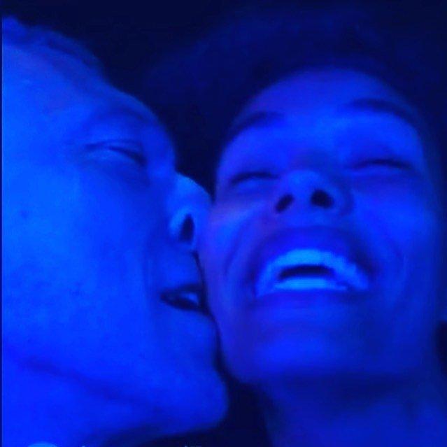 Венсан Кассель и Тина Кунаки в темноте