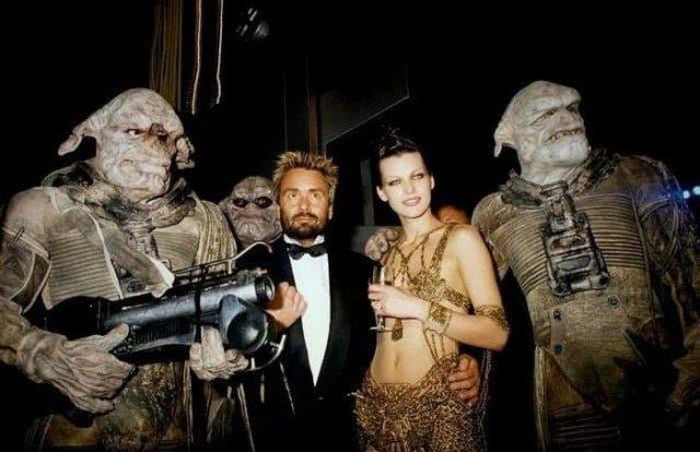 Люк Бессон и Милла Йовович на премьере фильма «Пятый элемент» в Каннах, 1997 год