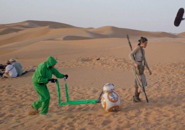 Как двигается BB-8 из «Звёздных войн»